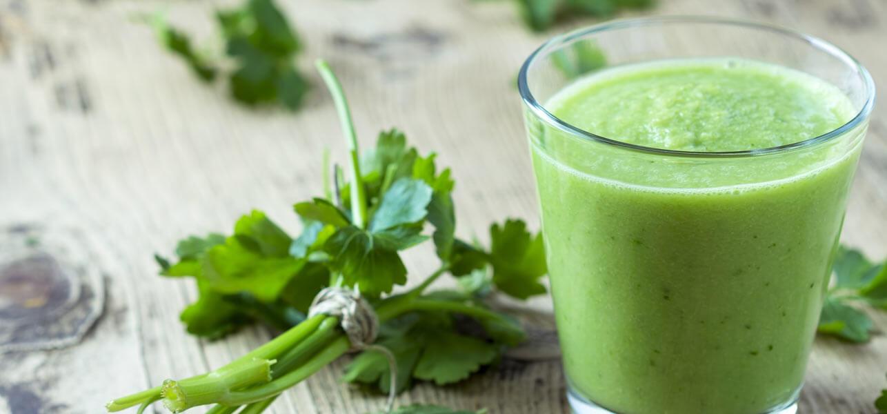 8-Amazing-Health-Benefits-Of-Parsley-Juice