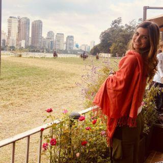 Não, não é uma cidade de pedra e eu admiro cada dia + a diversidade da cidade de São Paulo.  Ter contato com a natureza aqui não tem preço.  A semana já começa diferente! 🐎💛