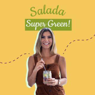 Feliz domingo! E bem vindos à época mais folhosa do ano 🌱🍃🌿com essa salada SUPER GREEN com rúcula, espinafre, pera, abacate, pepino, crouton de grão de bico (apenas asse grão de bico cozido no forno com temperinhos), uva verde, ovos 💁🏼♀️ com molho de mostarda dijon e mel! Pra fazer esse molho pegue os detalhes abaixo 👇🏼  2 col de sopa de mel  2 col de sopa de vinagre de maçã  2 col de sopa de azeite de oliva  2 col de sopa de mostarda Dijon  Pitadas de sal e pimenta do reino  Se vc ainda não experimentou salada com molho azedo + doce, vc tem que experimentar 🙃💣🙌🏻 esta salada tem textura, cremosidade, crunch e proteína!  Beijos! me orgulhem! 🌱💚